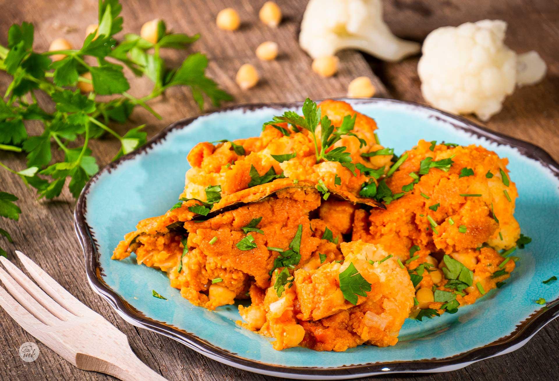 арабска яхния с карфиол и картофи