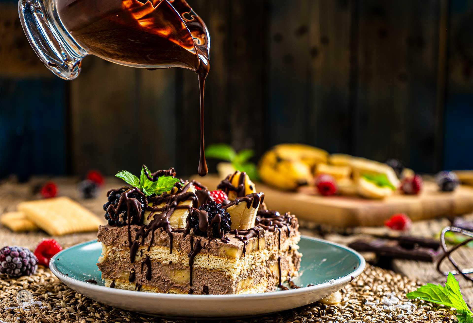 Бананова торта с обикновени бисквити