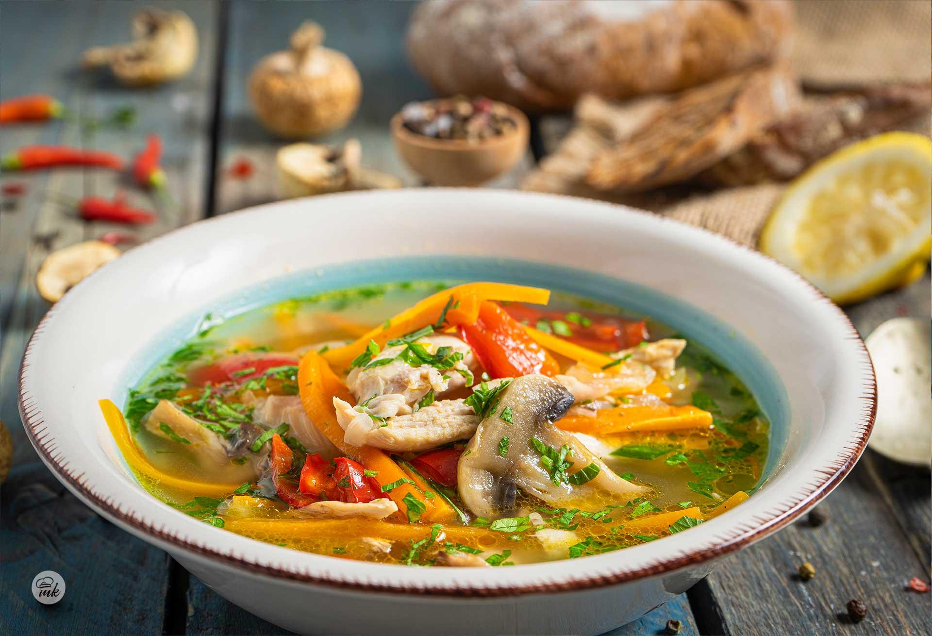 пилешка супа с гъби