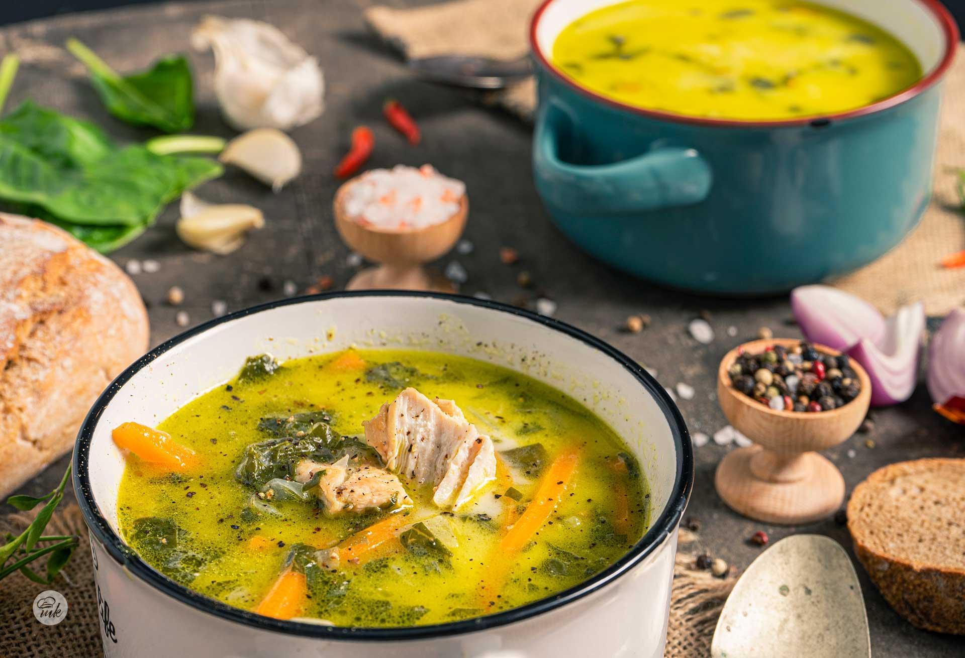Супа от пиле със спанак