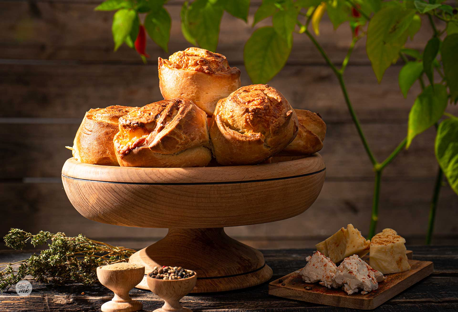 Хлебчета с масло и кашкавал