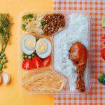 Обяд в кутия и декорация от свежи зеленчуци