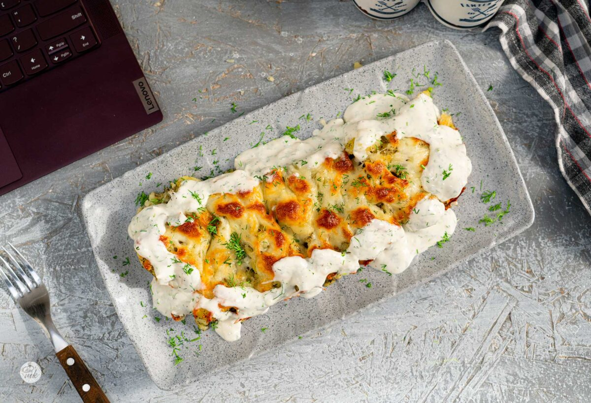 Картофи с чубрица и кашкавал