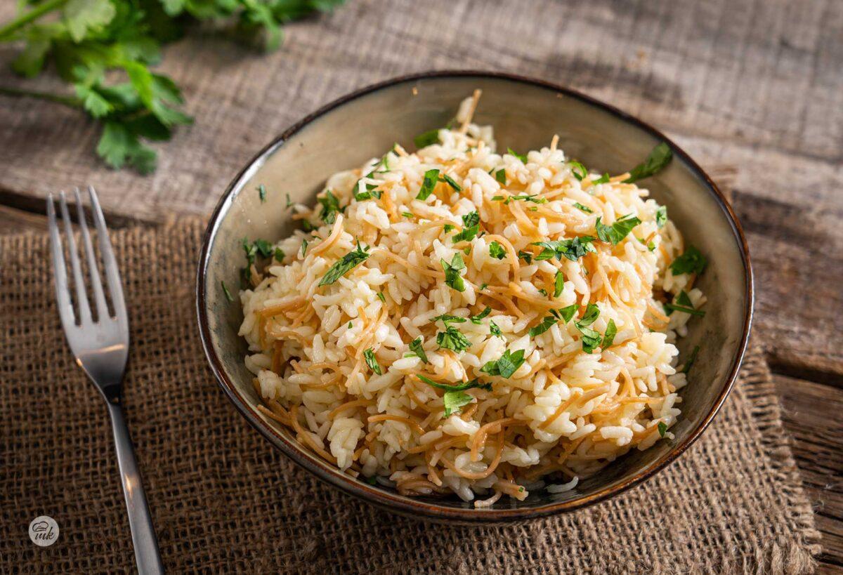 Порция ориз пилаф с фиде